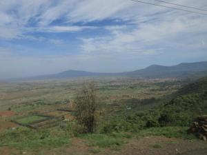 """Auf dem Weg: Blick in das Rift-Valley, die """"Wiege der Menschheit"""""""